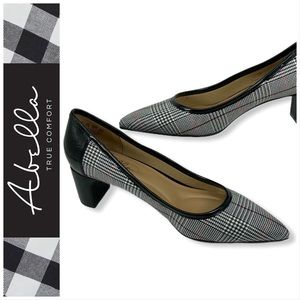 Abella Alice Checkered Pumps Size 7.5